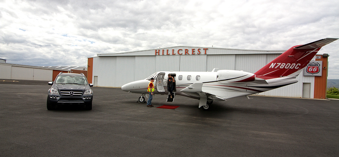 Hillcrest Aircraft Co Red Carpet Service